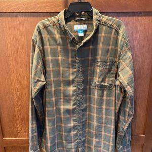 NWOT Columbia plaid shirt